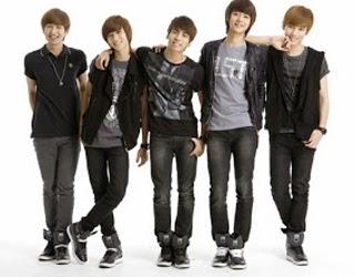 Lirik Lagu dan Vidio Stand By Me Shinee
