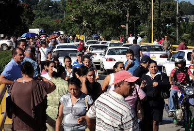 teacher and taxi strike in La Ceiba, Honduras