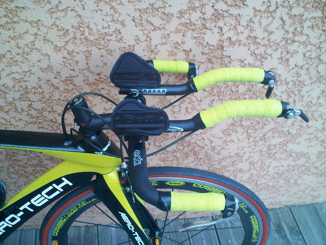 vélo de contre-la-montre aero-tech