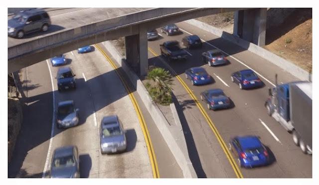 http://kottke.org/13/12/traffic-organized-by-color