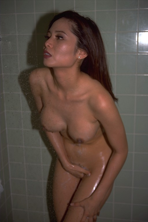 from Bentlee hot nude chick in the shower