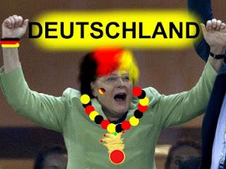 Merkel in der Fanmontur der Deutschen Einheit