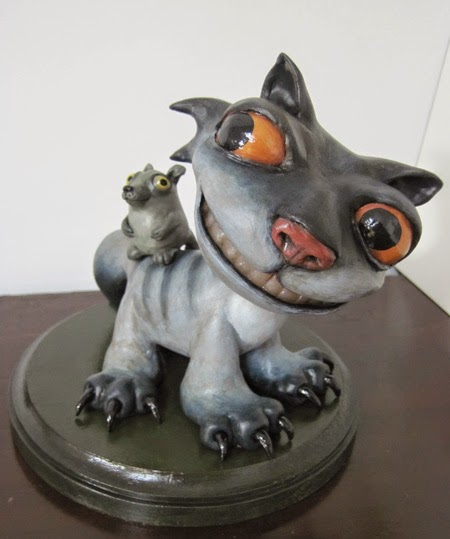 05-Cat-and-Mouse-Deanna-Molinaro-aka-Chickenshoot-Odd-Clay-Sculptures-www-designstack-co