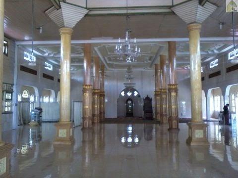 dalam Masjid Al Abrar Gambah Luar