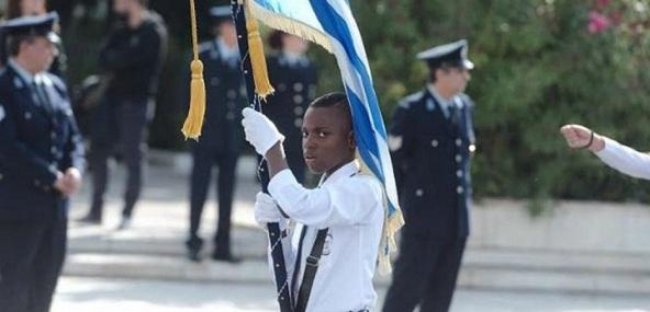 Μαθητική παρέλαση: Αφρικανοί, ισλαμιστές, Αλβανοί, ελληνικά «σούργελα» κλπ. ο «ανθός της ελληνικής νεολαίας»