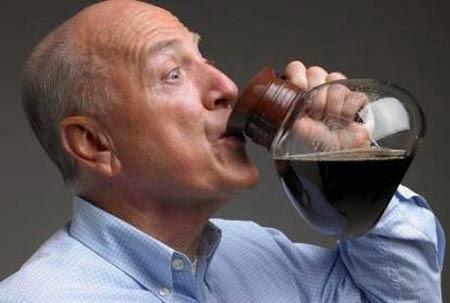 Bagaimana Minum Kopi Bisa Memicu Hipertensi