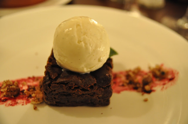 The+Hill+Bar+and+Brasserie+Haverstock+Hill+review+chocolate+brownie