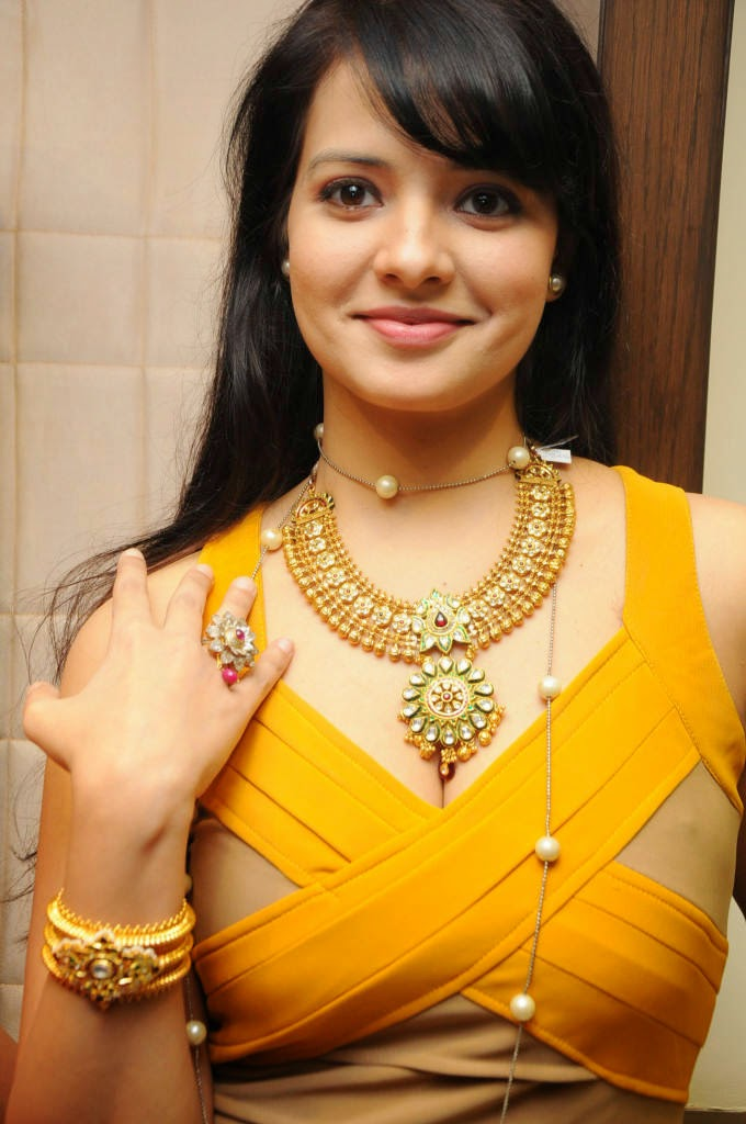 Actress Saloni Latest Cute Hot Exclusive Spicy Photos Gallery At Hiya Jewellery Collection Launch