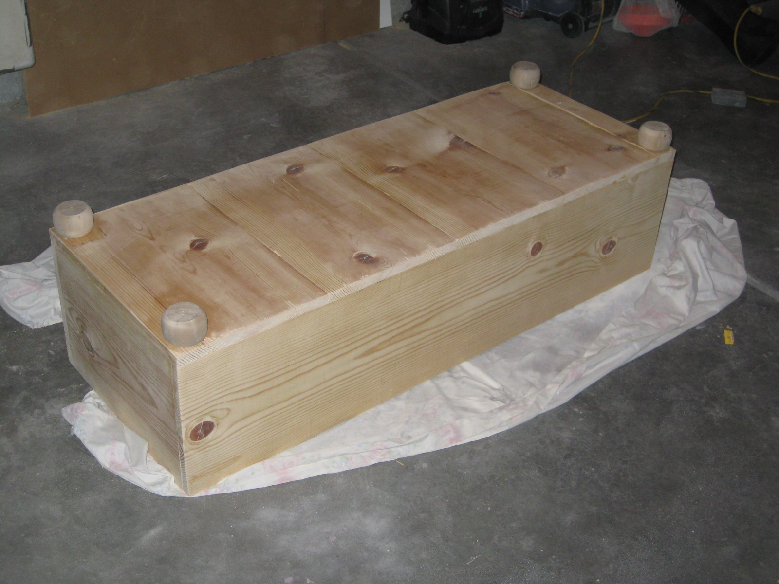 Tda decorating and design storage ottoman building the for How to build an ottoman with storage