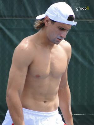 David Ferrer Shirtless at Cincinnati Open 2010