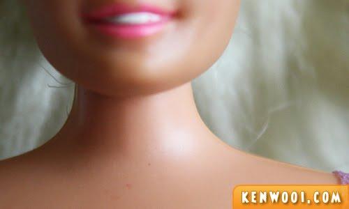 barbie neck