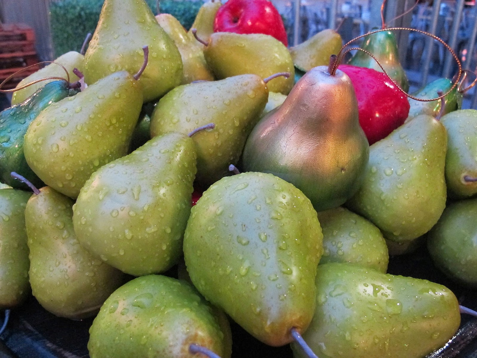 a bunch of pears