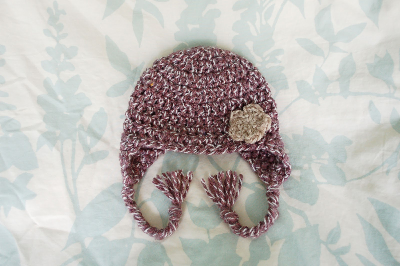 Free Crochet Patterns For Earflap Hats : Alli Crafts: Free Pattern: Earflap Hat Premie