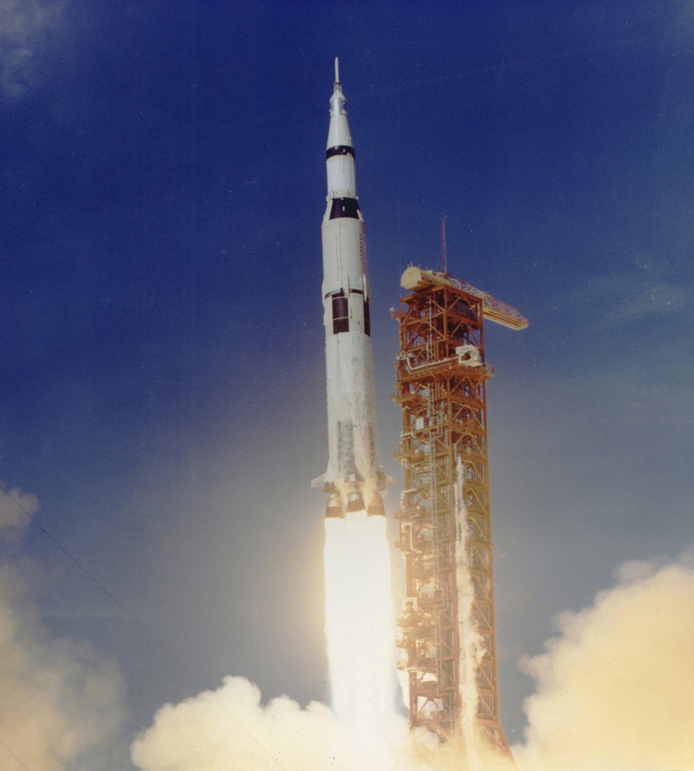 where did apollo 7 launch - photo #35
