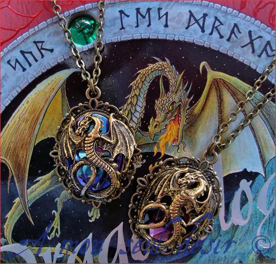 Collier dragon doré médiéval fantastique bijouterie