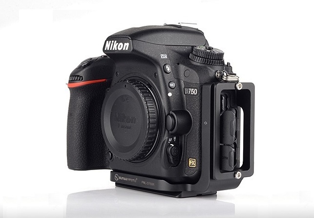 Sunwayfoto PNL-D750R Custom L Bracket on Nikon D750