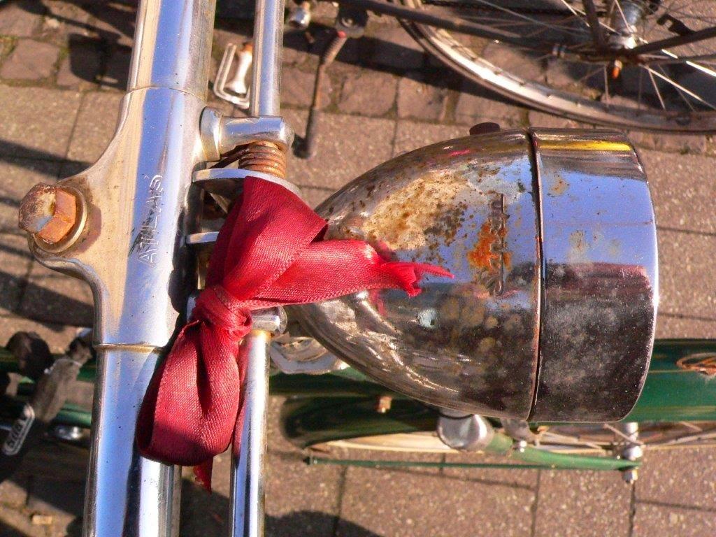 Fahrrad Köln Blogparade Rad radeln fietsen Scheinwerfer Lampe Schleife