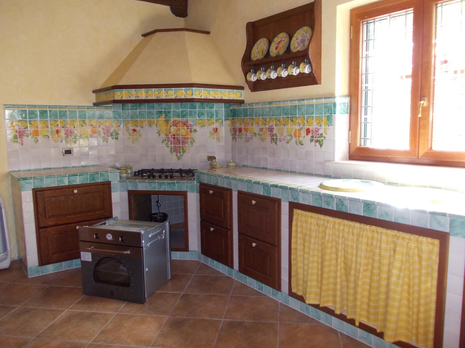 Vico condotti cucine e bagni in muratura - Rivestimento cucina in muratura ...