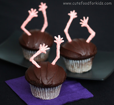 How to make Spooky Zombie Cupcakes