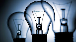 light bulbs are used in lighting houses