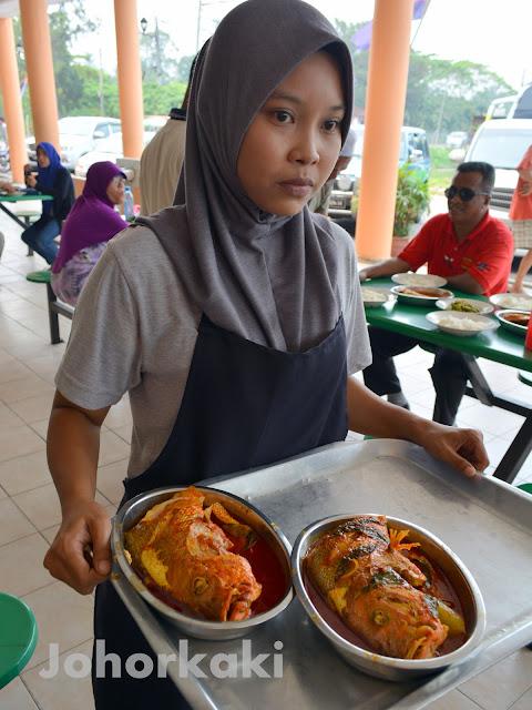 Asam-Pedas-Mak-Pon-Parit-Jawa-Muar-Johor