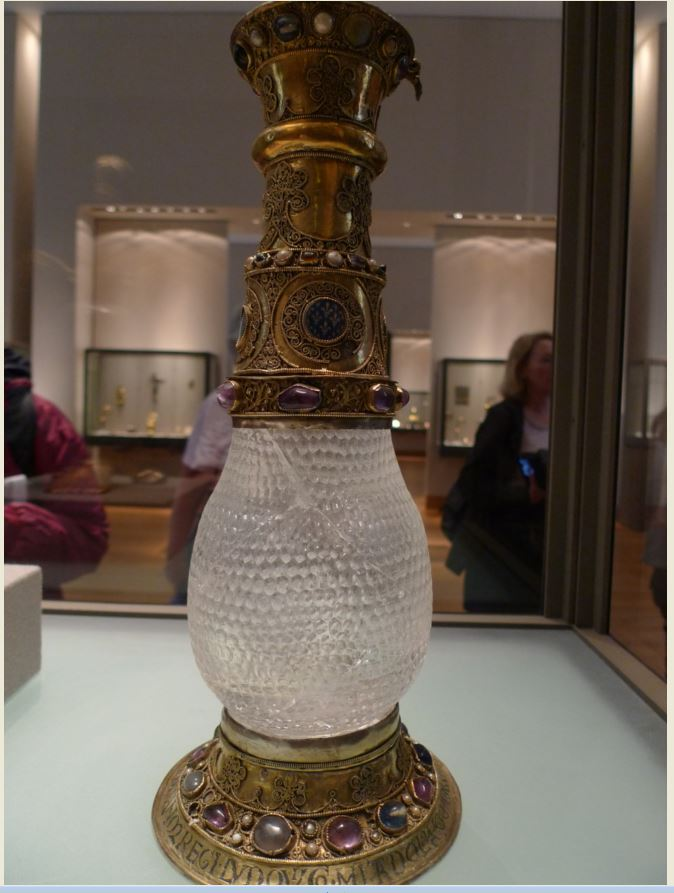 The Alienor Vase A Wedding Present With A History By Elizabeth Chadwick