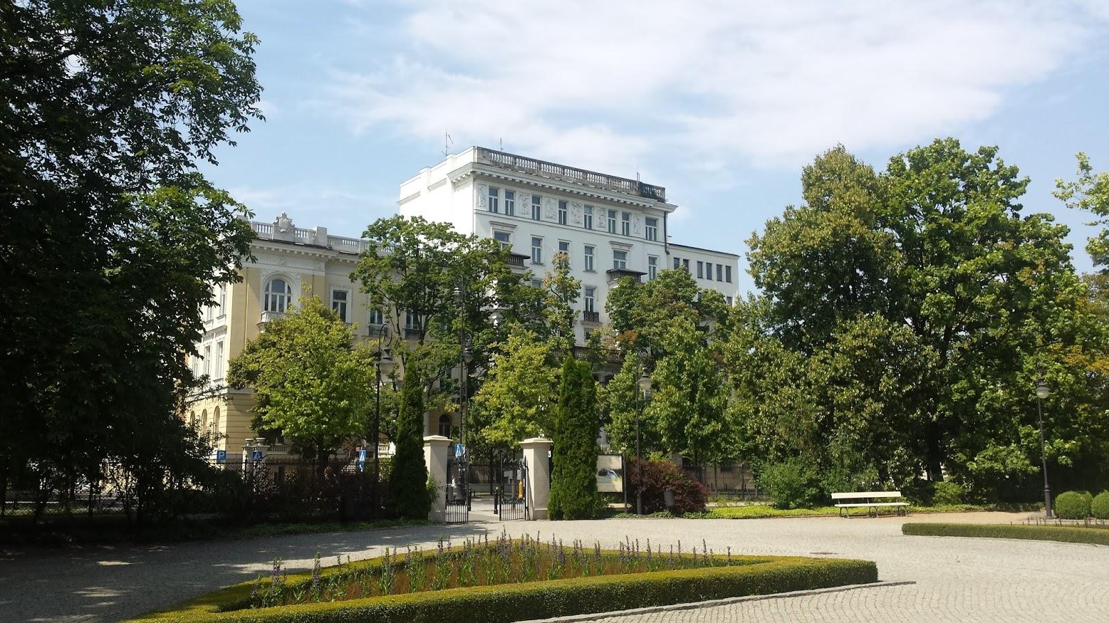 le droit polonais une succursale ou un bureau de. Black Bedroom Furniture Sets. Home Design Ideas