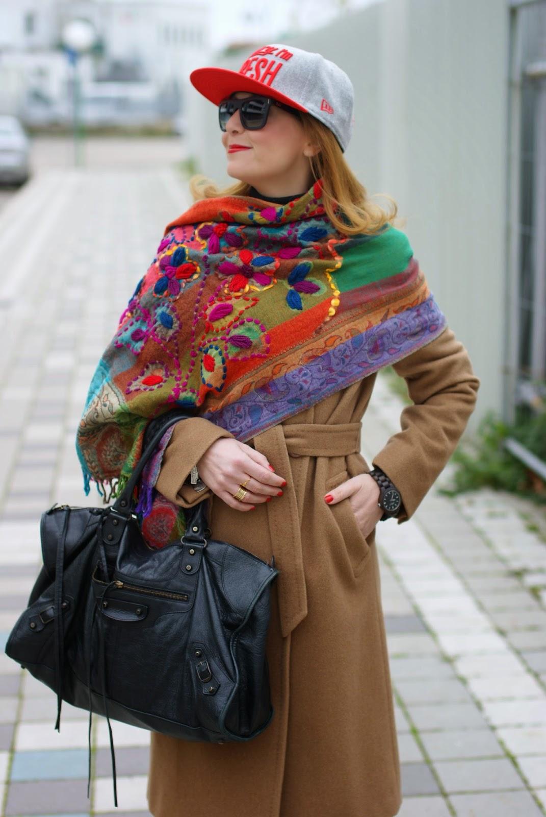 New Era baseball cap, Balenciaga Work, The blue Turban scarf on Fashion and Cookies fashion blog, Jord watch, fashion blogger italiana