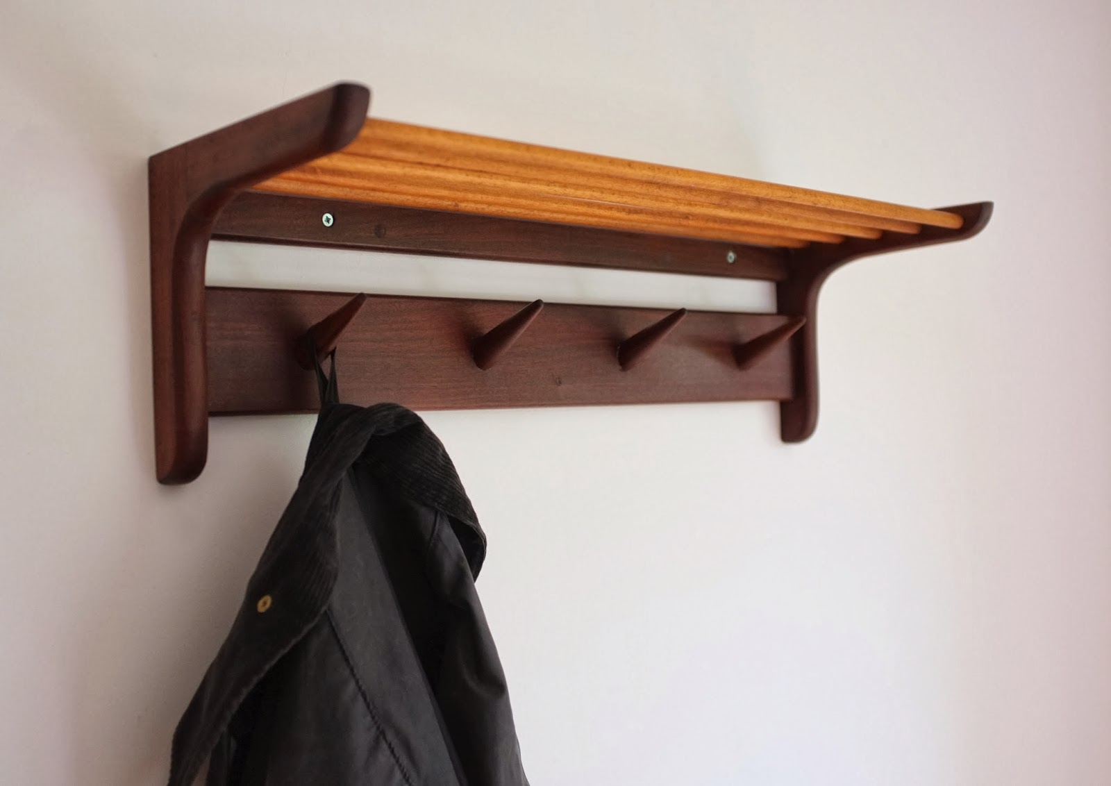 Antikmodern the shop danish modern coat rack for Contemporary coat hooks