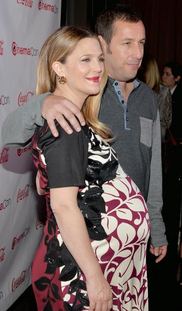 Drew Barrymore tiene la barriga grande