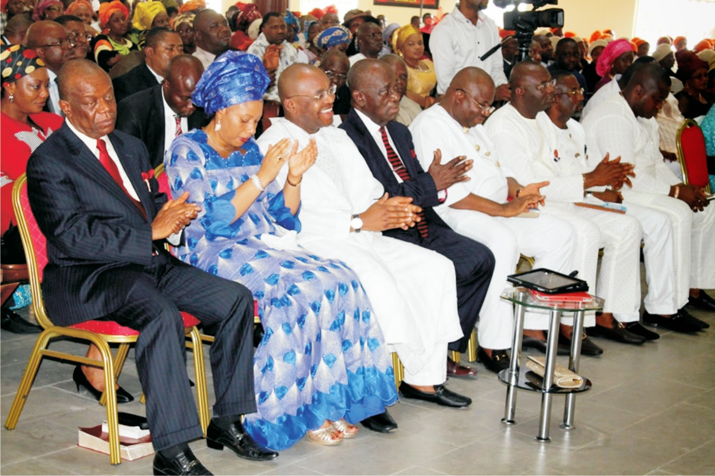 2015: Udom Emmanuel, PDP candidates receive divine endorsements