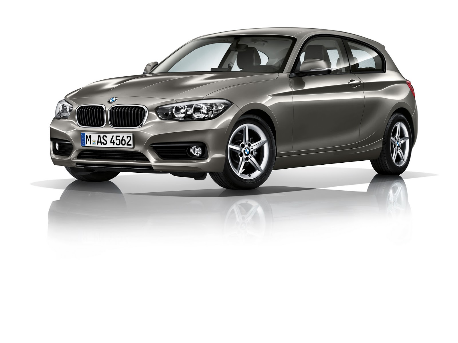 2016 bmw 1 series facelift this is it in 100 photos w video carscoops. Black Bedroom Furniture Sets. Home Design Ideas