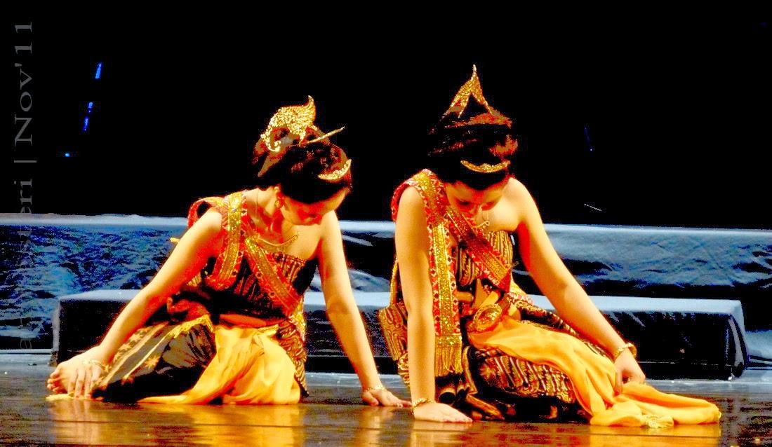 Savitri berjuang didepan Dewa Yama
