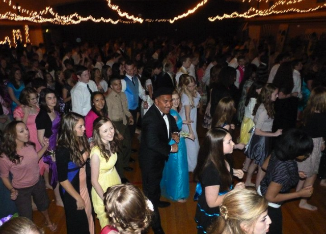 Gallery For > Grinding Dance High School Prom