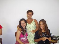 Vivian, Beth e Zyane    Componentes da Comissão  pró  Semana de Artes Visuais