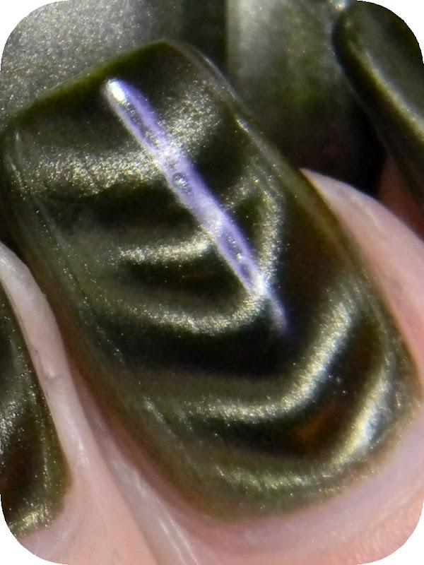 Magnetix China Glaze (1) - Toxic Vanity