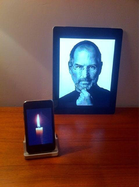 Best Fans' Tribute To Steve Jobs - R.I.P
