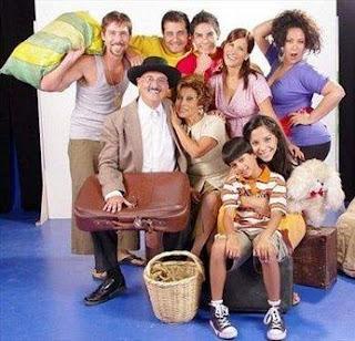 """Irma Maury con los integrantes de """"Al fondo hay sitio"""""""