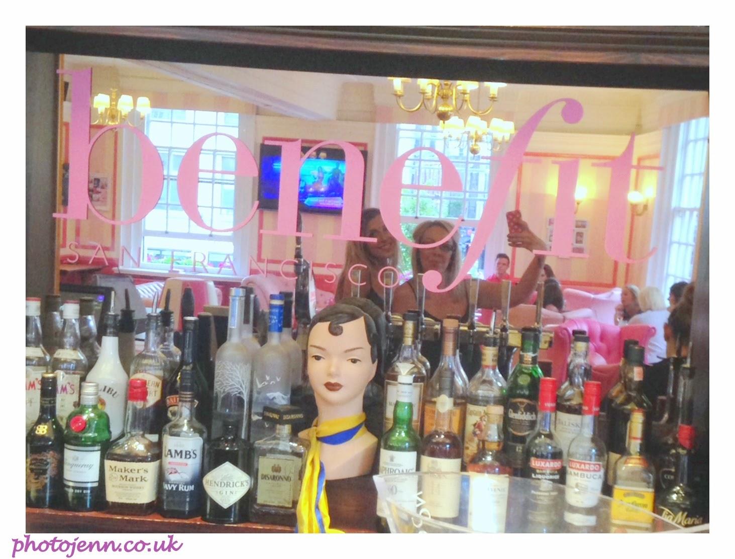 gabbis-head-benefit-cosmetics-pub-mirror