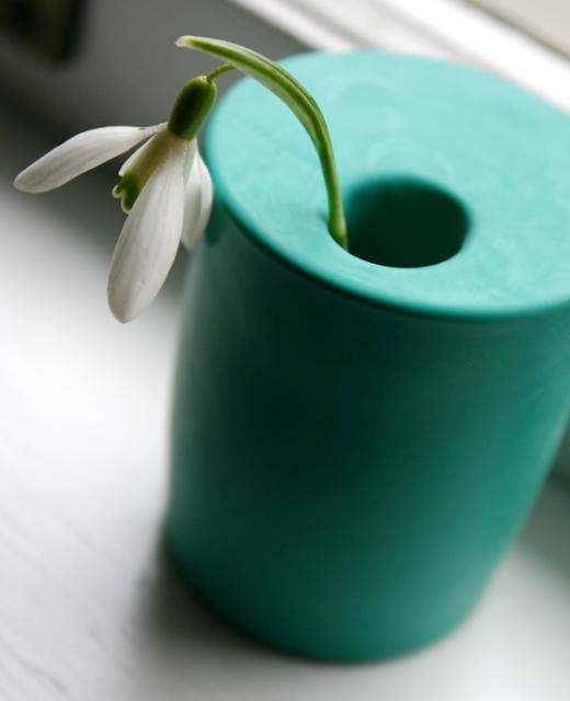 Flotte Blumenvase zum Selbermachen – mit wenigen Zutaten neues Design als Vase für Blumen kreieren