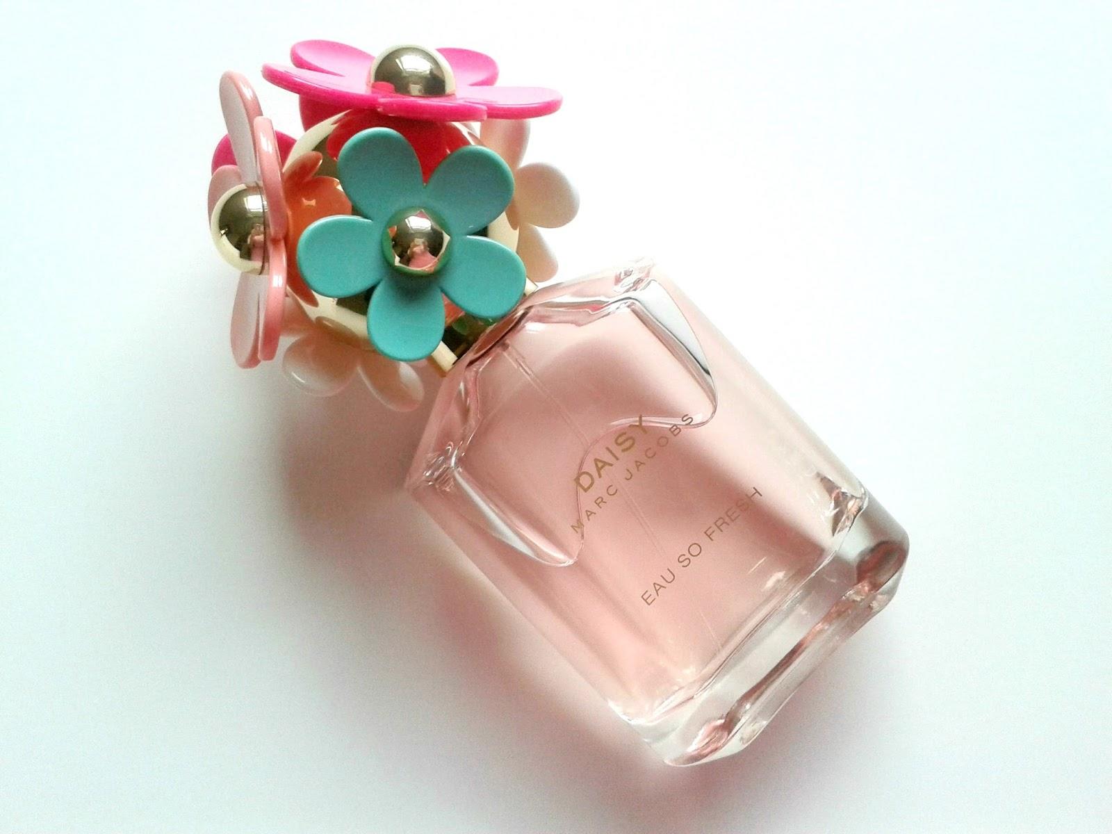 Marc Jacobs Daisy Eau So Fresh Delight EDT Beauty Review Bottle