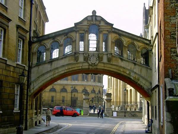puente suspiros oxford