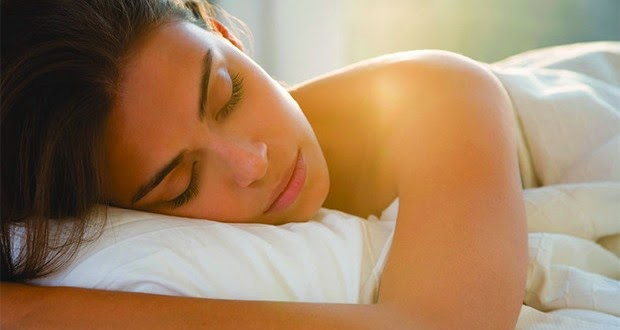 5 Interesting Facts About Sleeping Naked