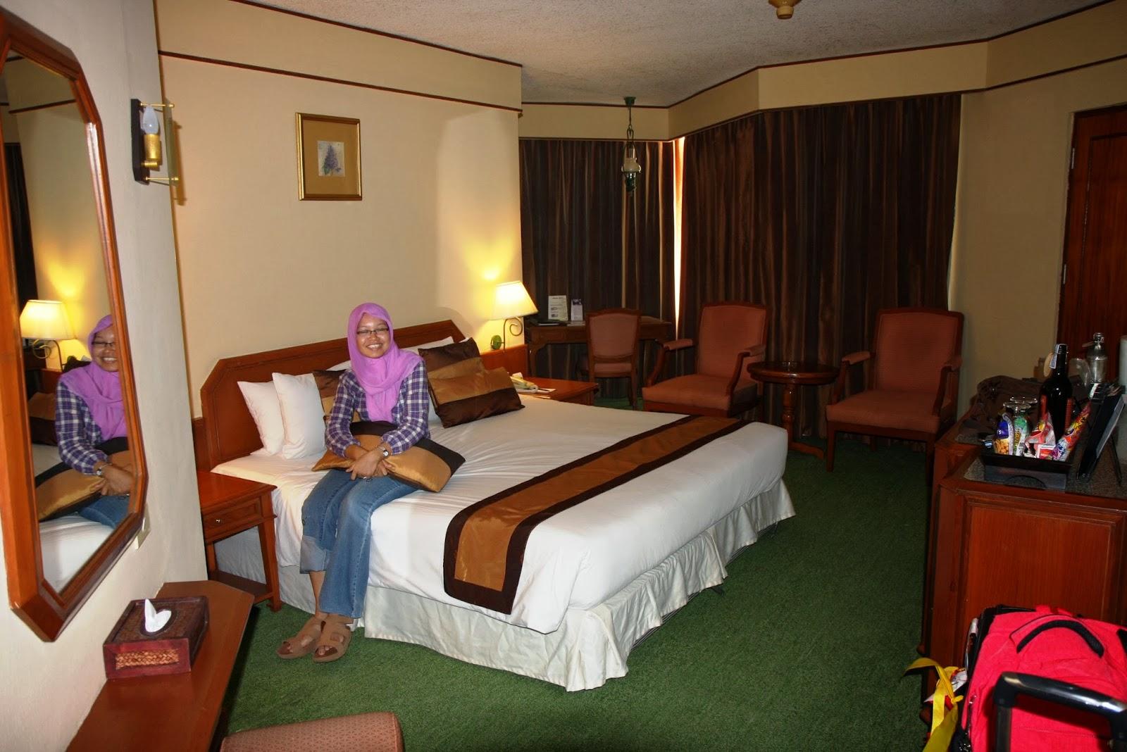 centara+hotel+room-1.jpg