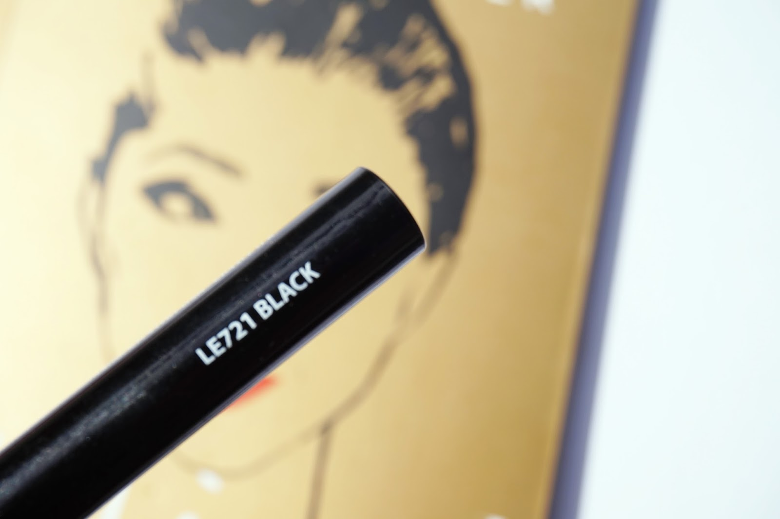 LA Girl FineLine Eyeliner in LE721 Black