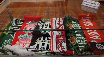 Bufandas de fútbol, de Álvaro Fernández Serrano