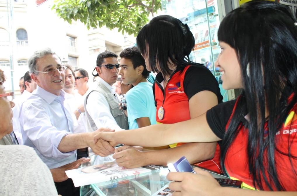 El único hacker que yo necesito, es el hacker de mi afecto: Álvaro Uribe