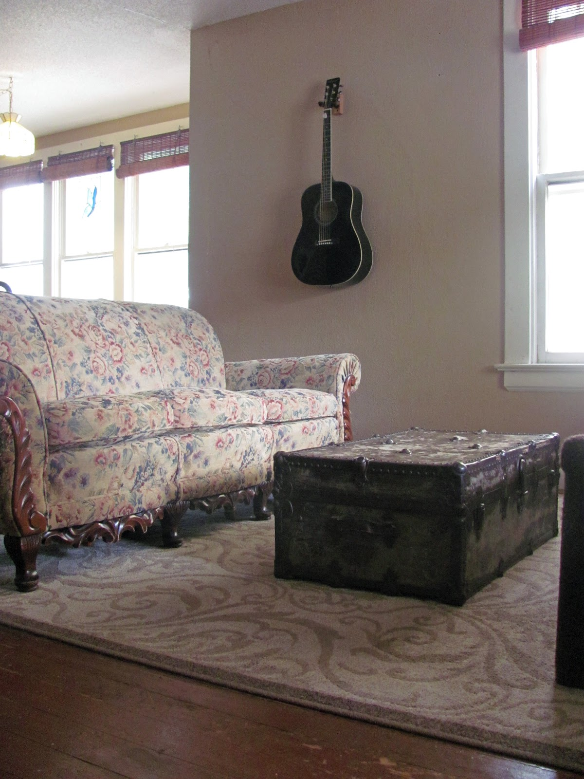 Minimalist Decor Living Room And Dining Room Nourishing Minimalism