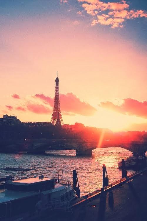 Et maintenant...Paris à l' automne.