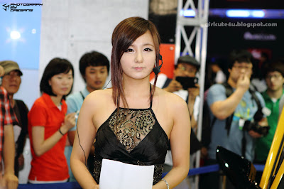 4 Ryu Ji Hye-Seoul Auto Salon 2011-very cute asian girl-girlcute4u.blogspot.com